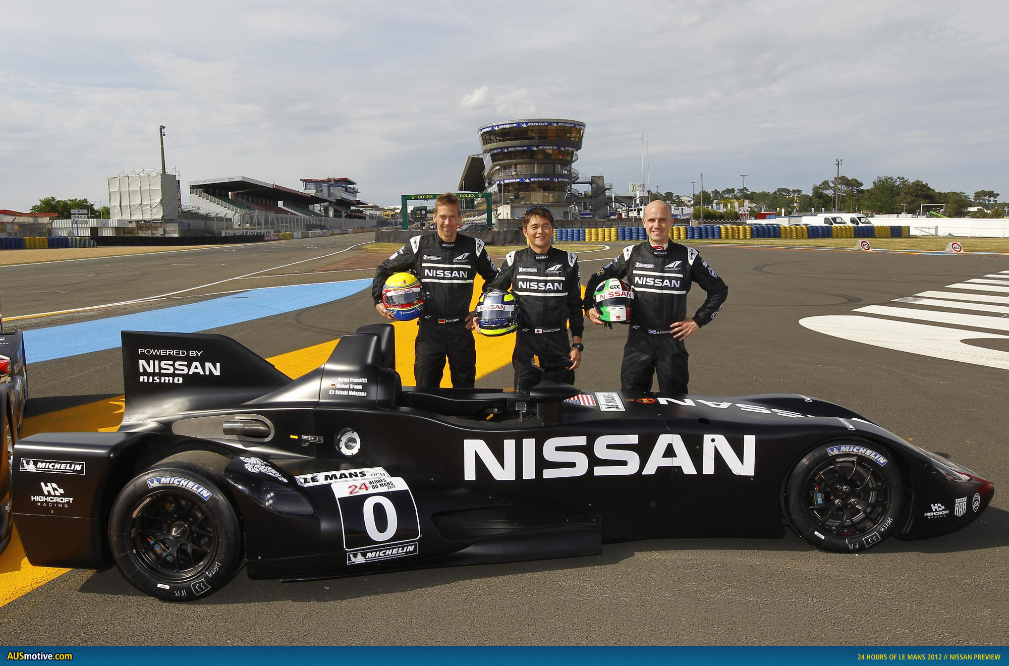 nissan previews 24 hours of le mans. Black Bedroom Furniture Sets. Home Design Ideas