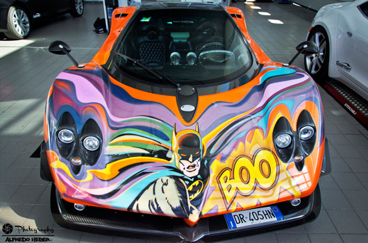 Batman themed Pagani Zonda
