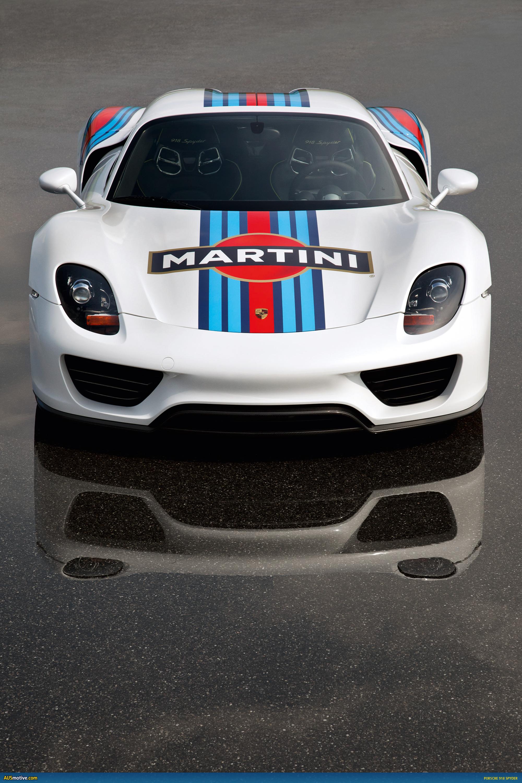Ausmotive Com 187 Porsche 918 Spyder In Classic Martini Livery