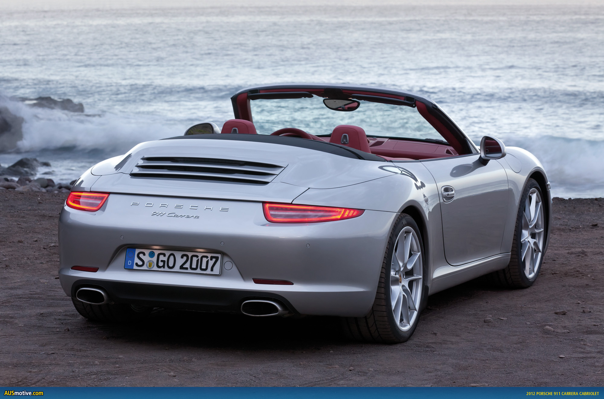 detroit 2012 porsche 911 carrera cabriolet. Black Bedroom Furniture Sets. Home Design Ideas
