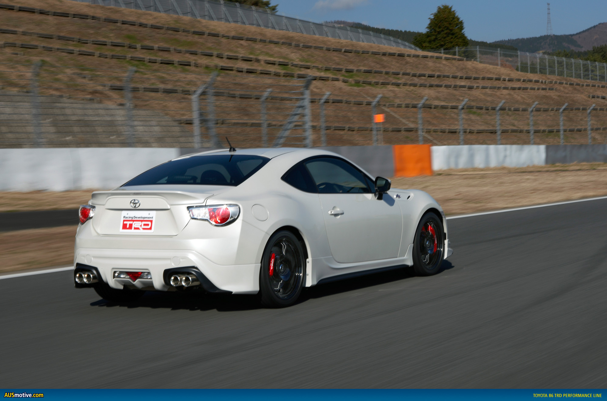 AUSmotive.com » VIDEO: First peek at the Toyota 86 TRD in ...