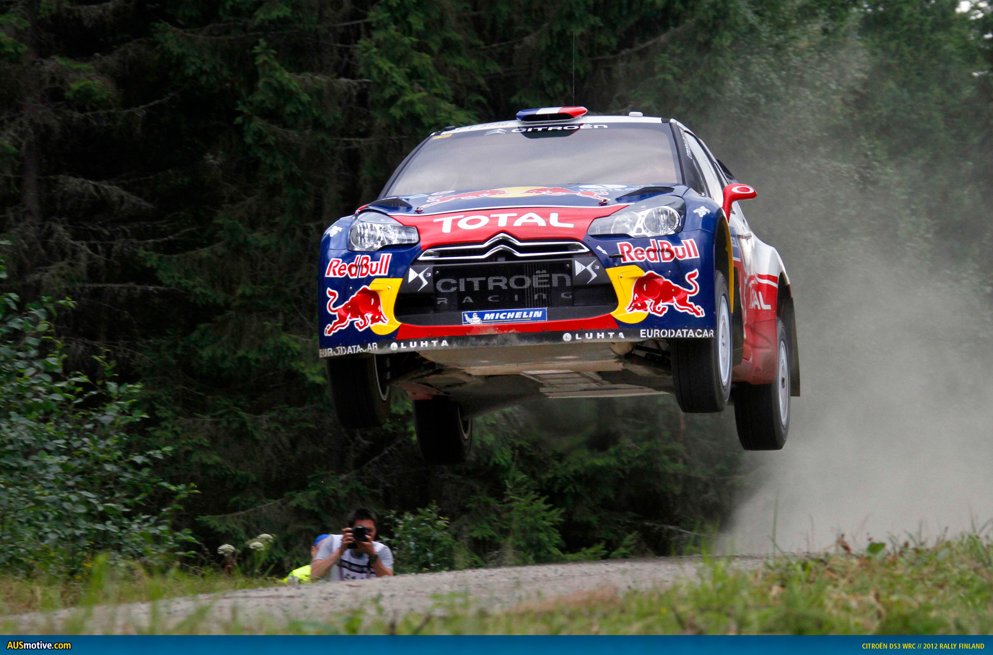 WRC-Rally-Finland-Loeb-01