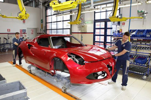 Alfa Romeo 4C production line
