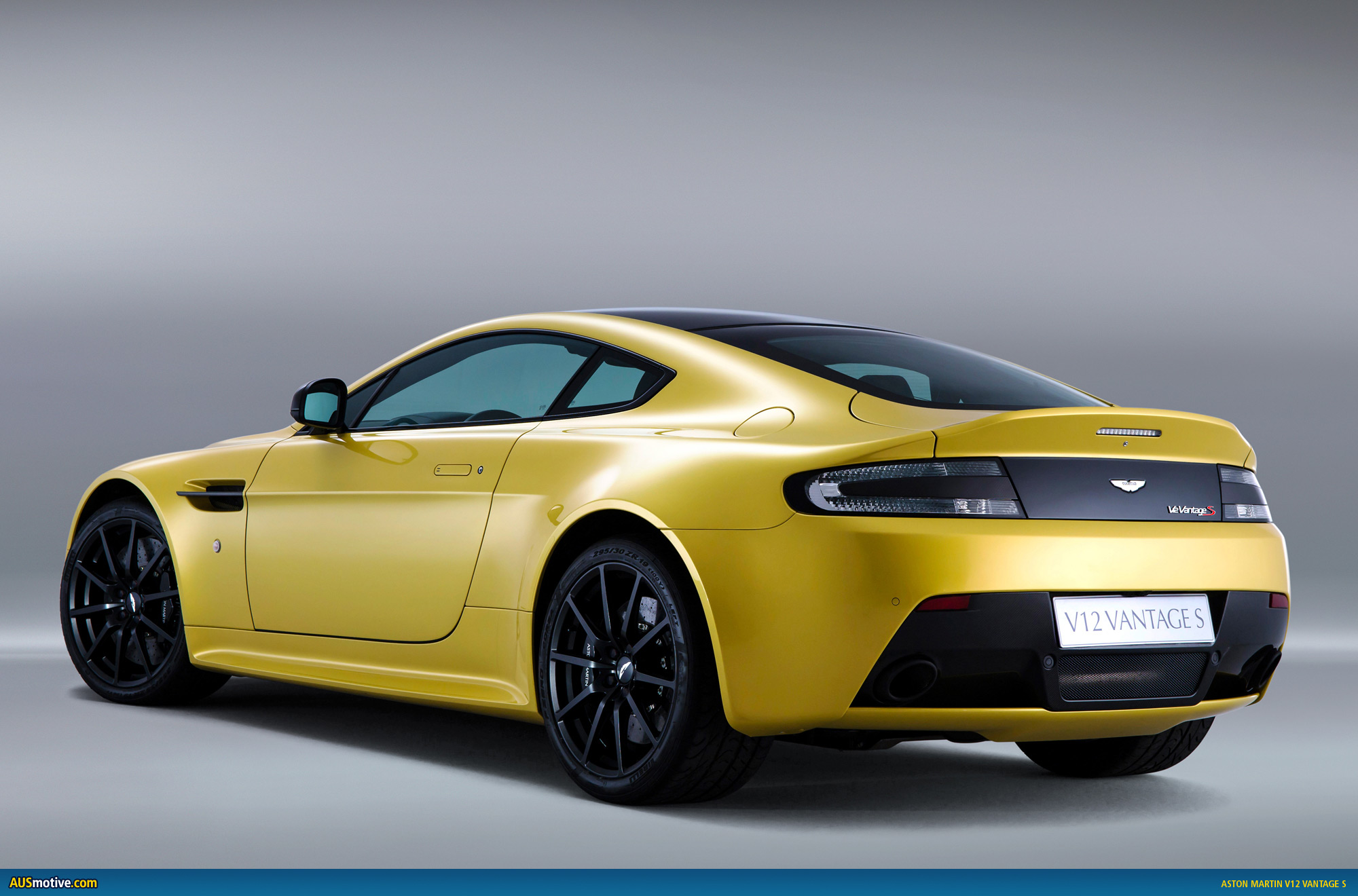 aston martin v12 vantage s revealed. Black Bedroom Furniture Sets. Home Design Ideas