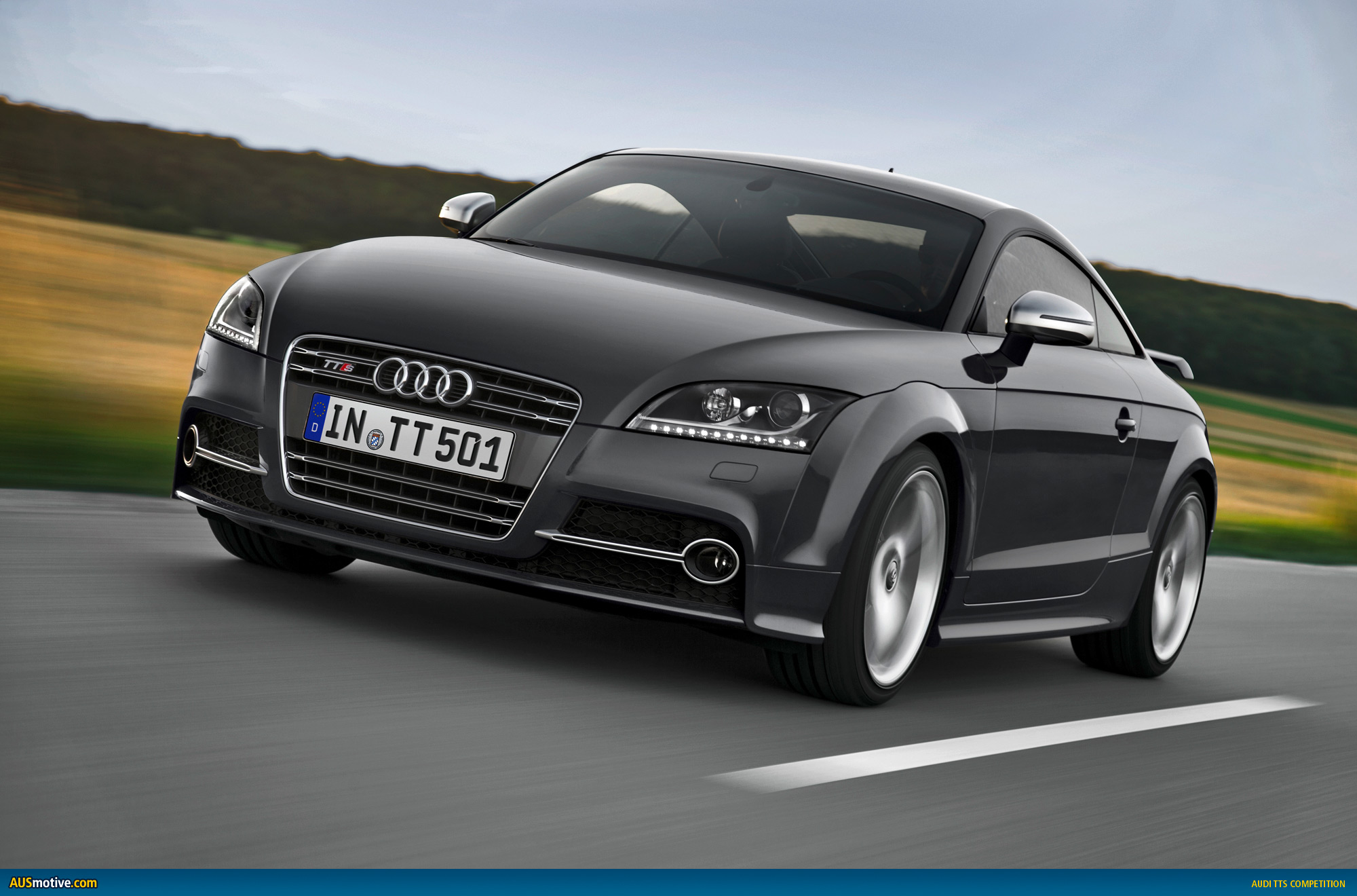 audi tts competition revealed. Black Bedroom Furniture Sets. Home Design Ideas