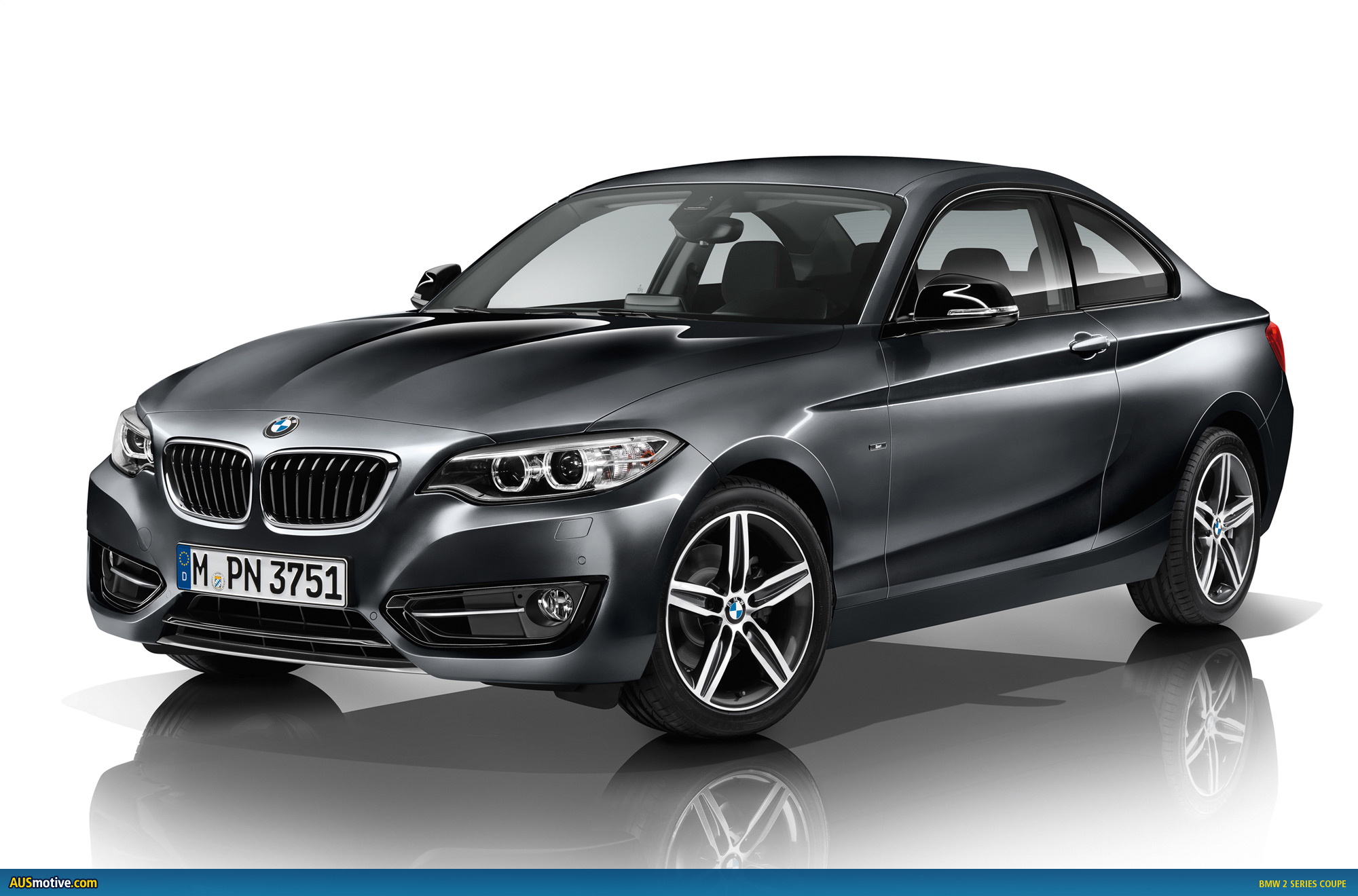 bmw 2 series coupe revealed. Black Bedroom Furniture Sets. Home Design Ideas