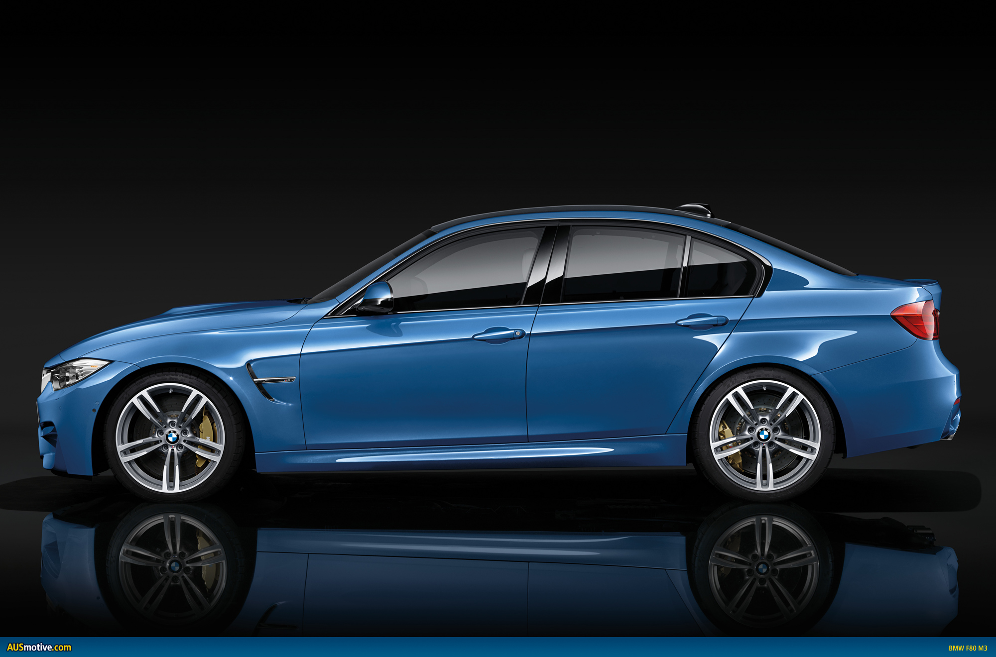 2014 bmw m3 sedan and m4 coupe revealed. Black Bedroom Furniture Sets. Home Design Ideas