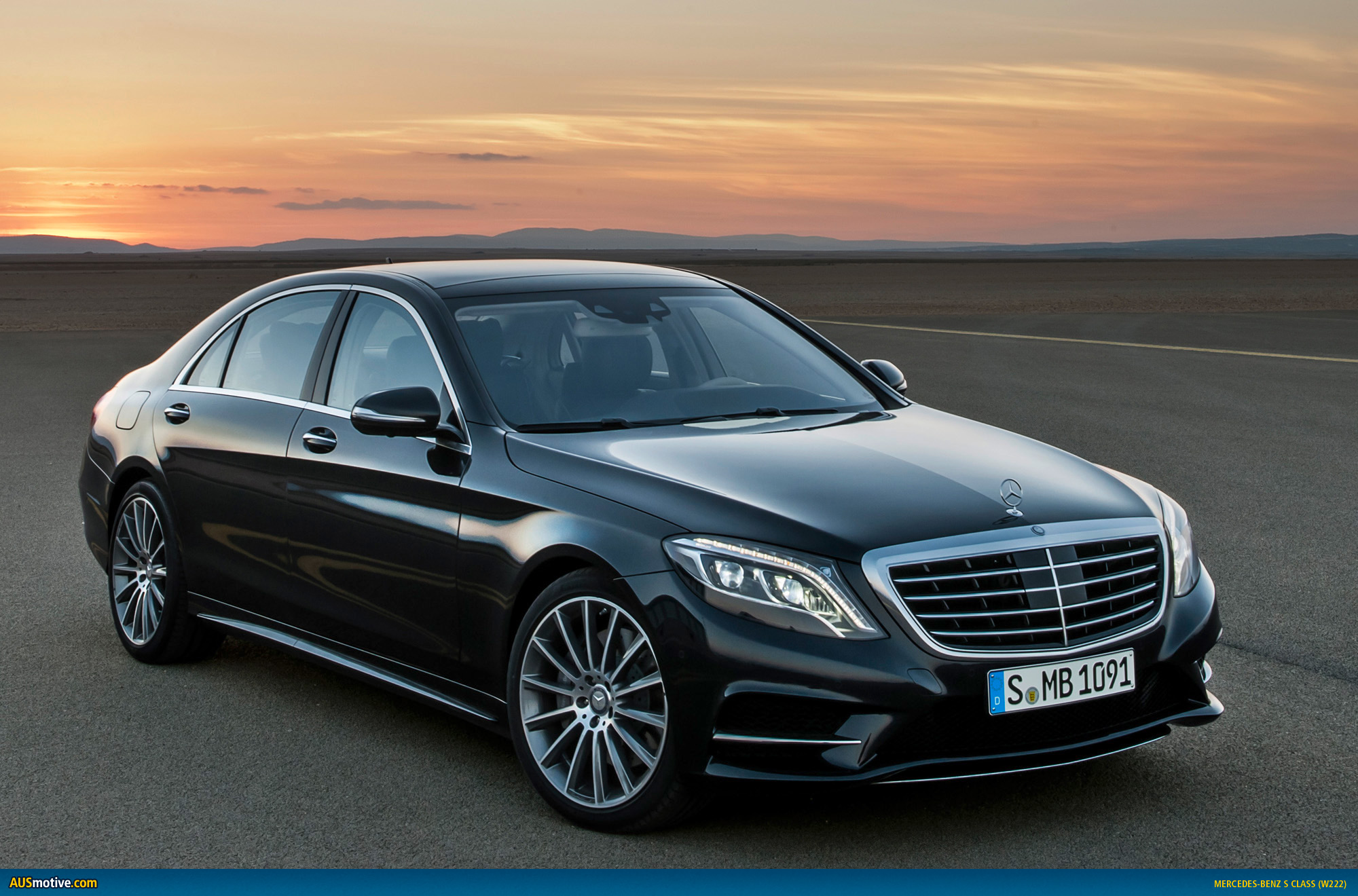 2014 mercedes benz s class revealed for Mercedes benz 2013 s550