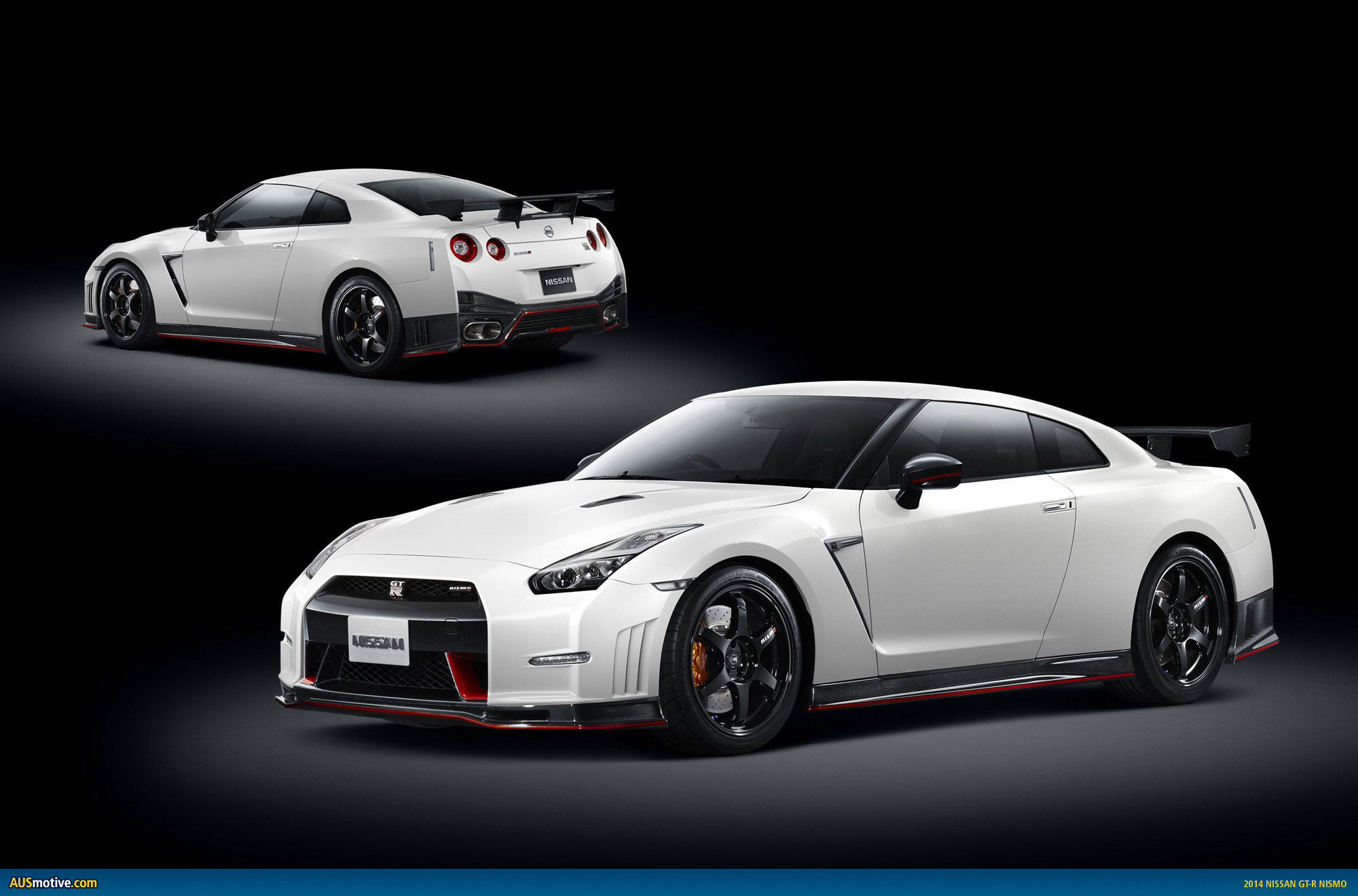 2014 nissan gt r nismo revealed. Black Bedroom Furniture Sets. Home Design Ideas
