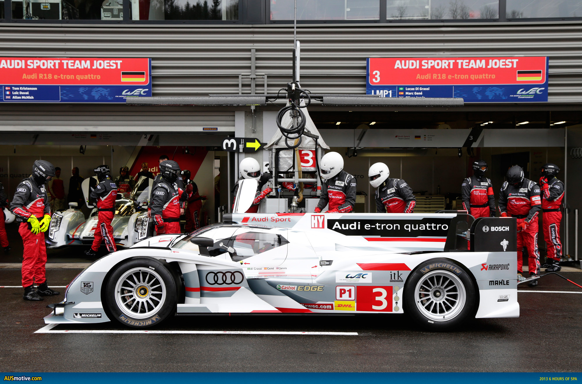 audi displays strength ahead of le mans. Black Bedroom Furniture Sets. Home Design Ideas
