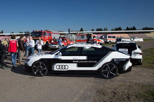 Audi RS7 piloted driving, Hockenheim