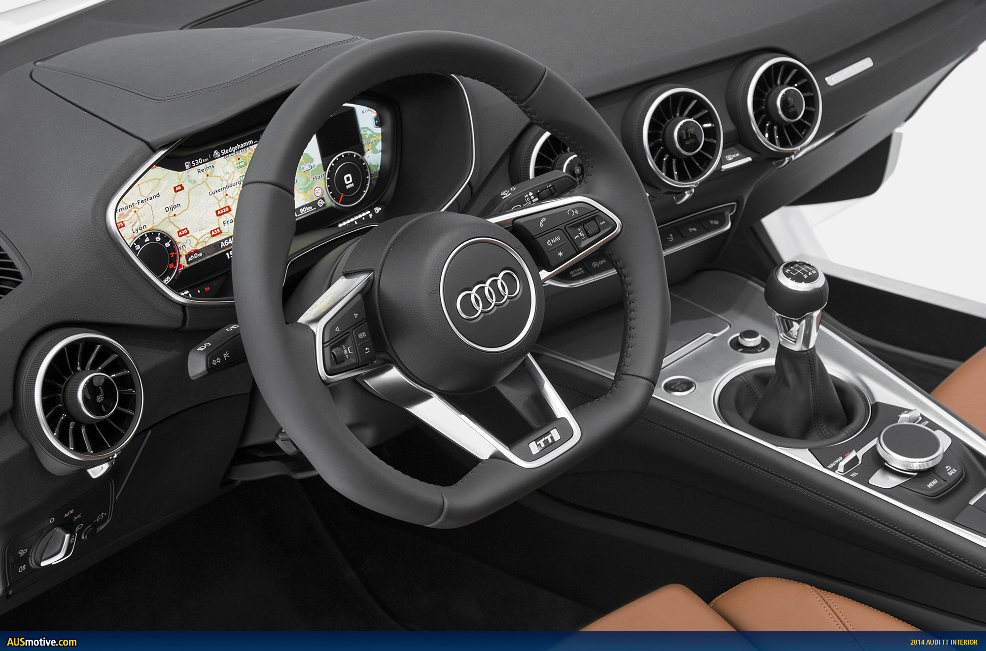 A look inside the new audi tt for Audi tt interieur