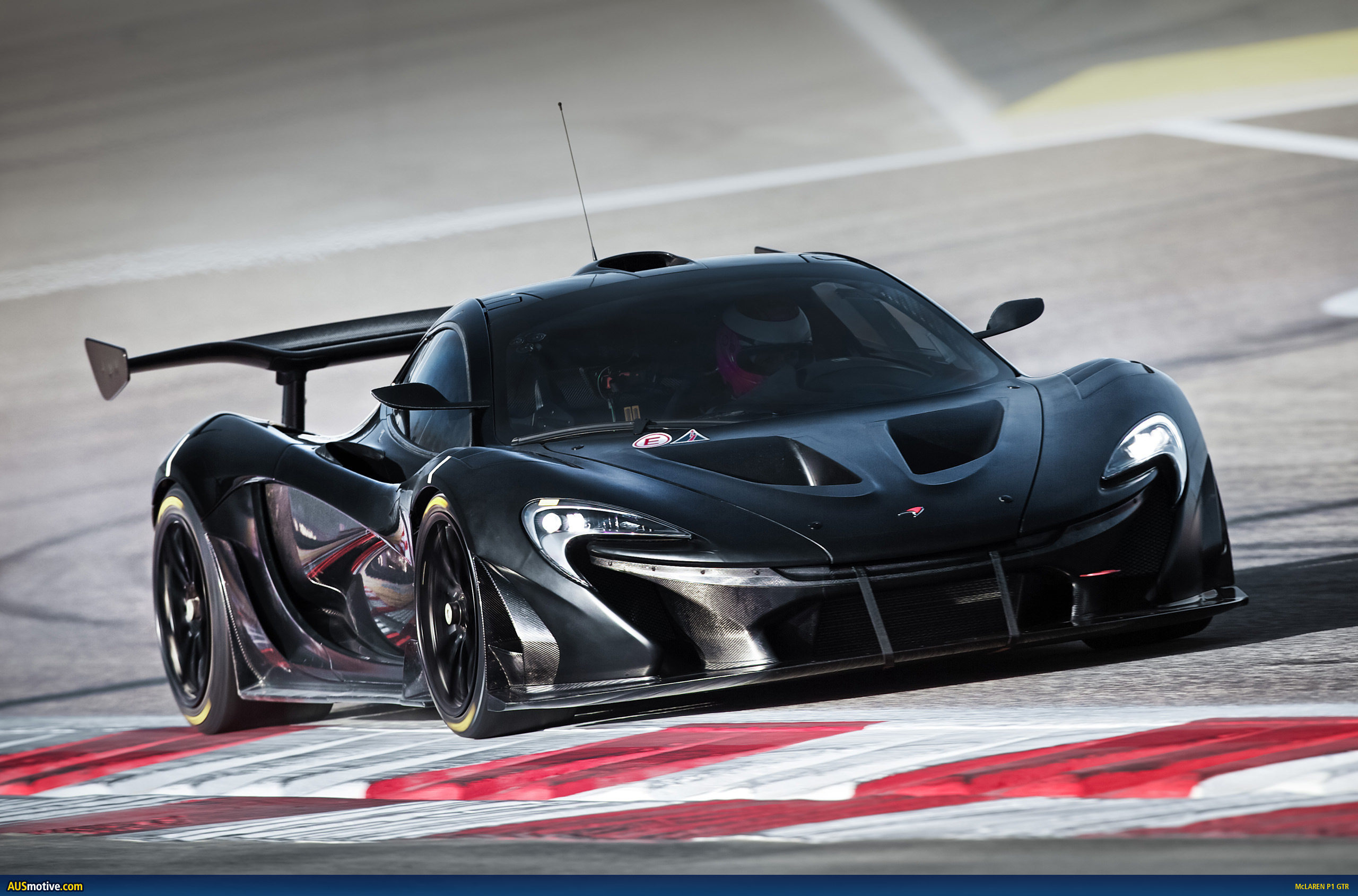 mclaren p1 gtr continues development. Black Bedroom Furniture Sets. Home Design Ideas