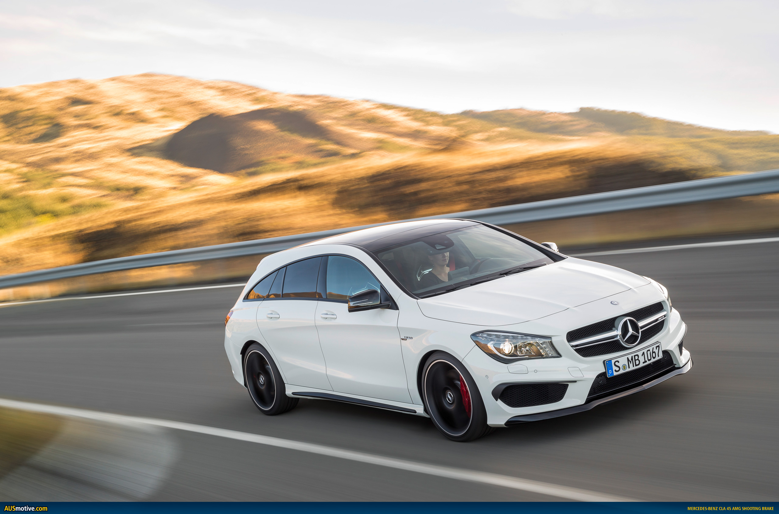 mercedes cla 45 amg shooting brake revealed. Black Bedroom Furniture Sets. Home Design Ideas