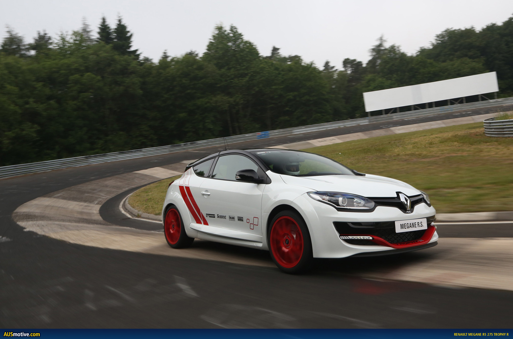 renault megane rs275 trophy r revealed. Black Bedroom Furniture Sets. Home Design Ideas