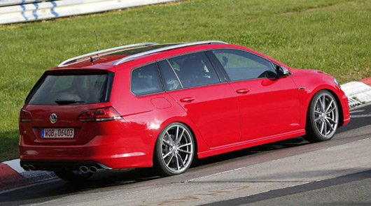 Golf R Estate prototype