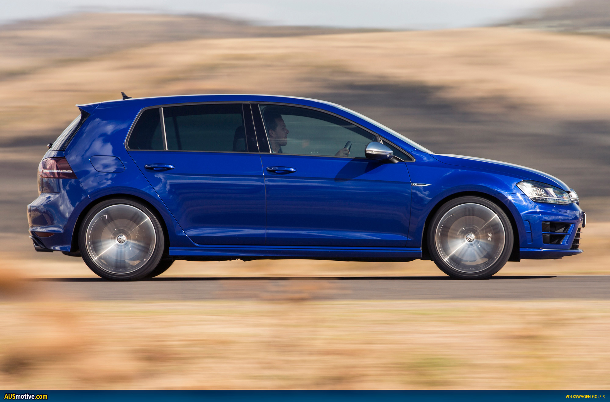 2014 volkswagen golf r australian pricing specs. Black Bedroom Furniture Sets. Home Design Ideas