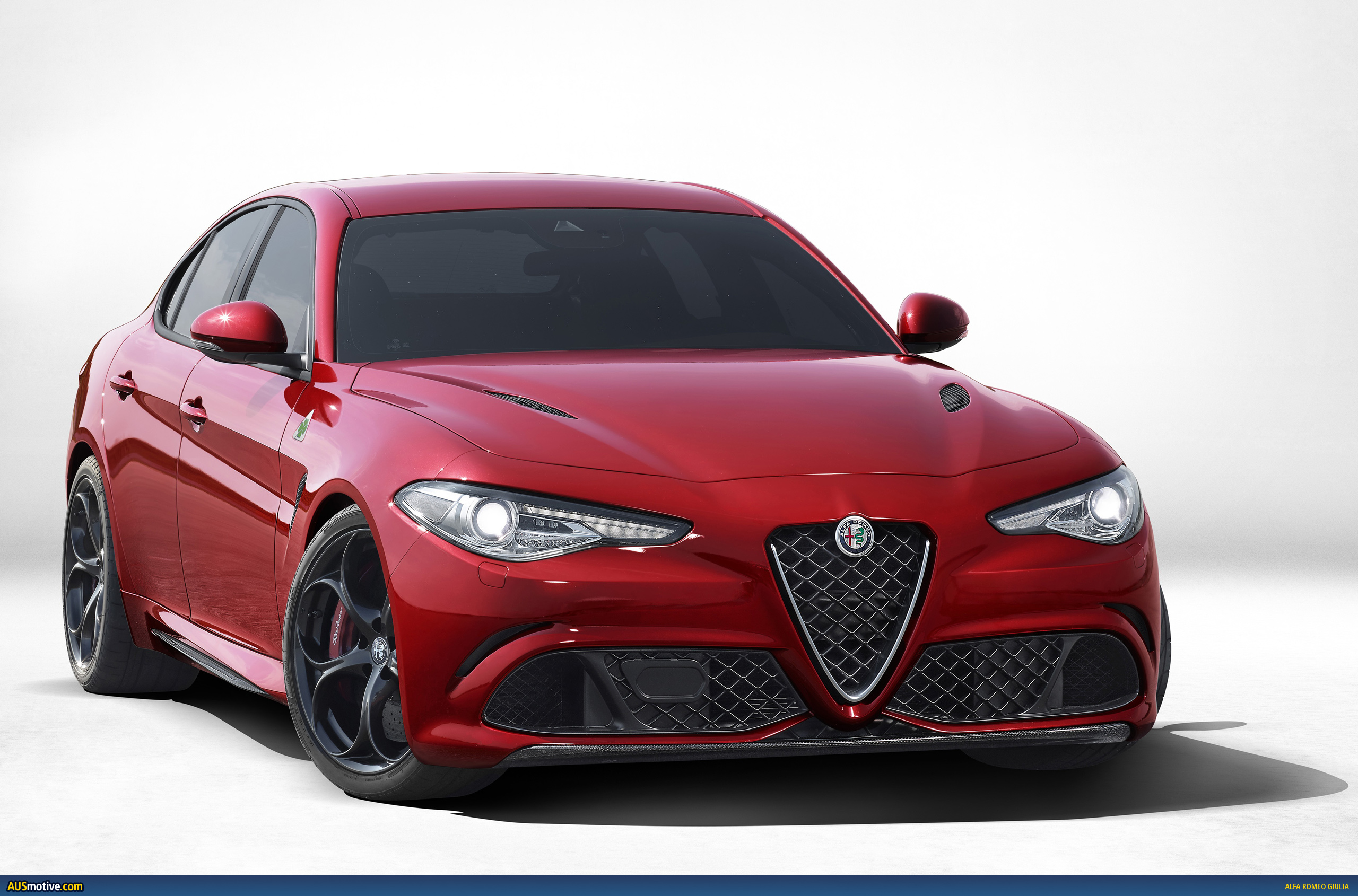 alfa romeo shows off the new giulia. Black Bedroom Furniture Sets. Home Design Ideas