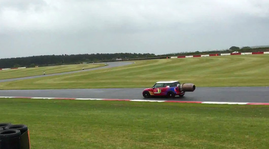 Jet powered MINI crashes at Snetterton