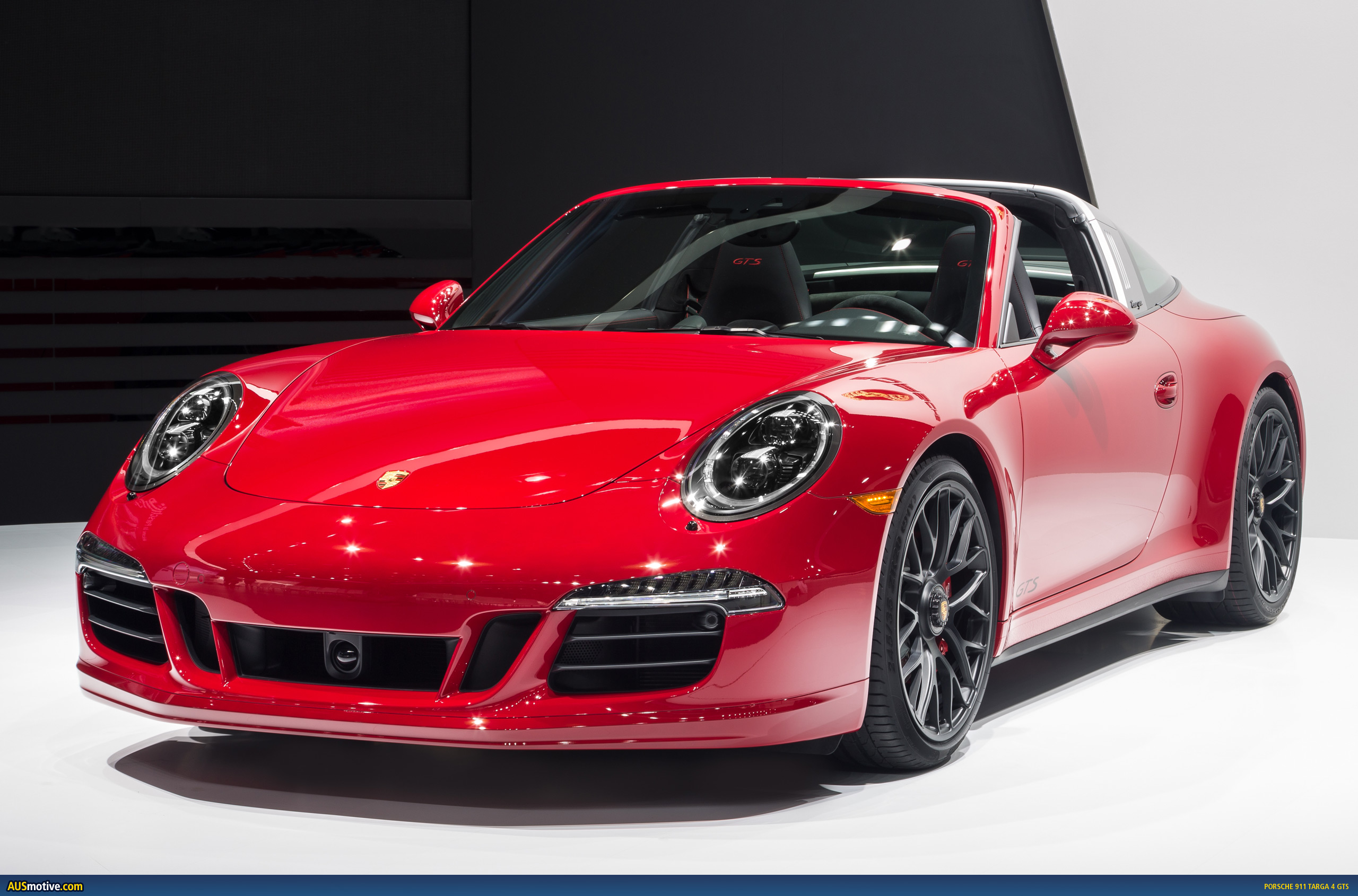 detroit 2015 porsche 911 targa 4 gts. Black Bedroom Furniture Sets. Home Design Ideas
