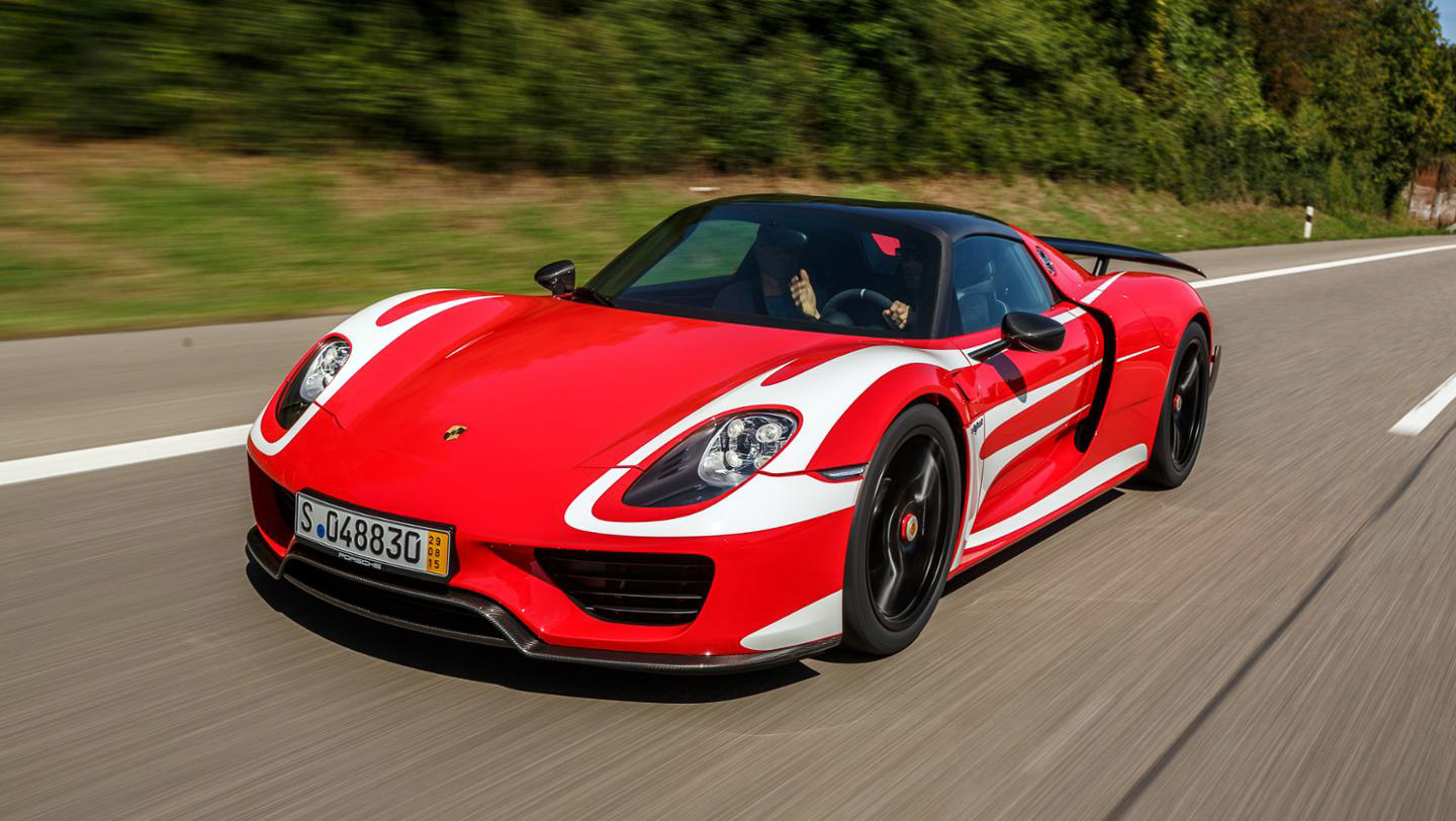 mark buys himself a porsche 918 spyder. Black Bedroom Furniture Sets. Home Design Ideas