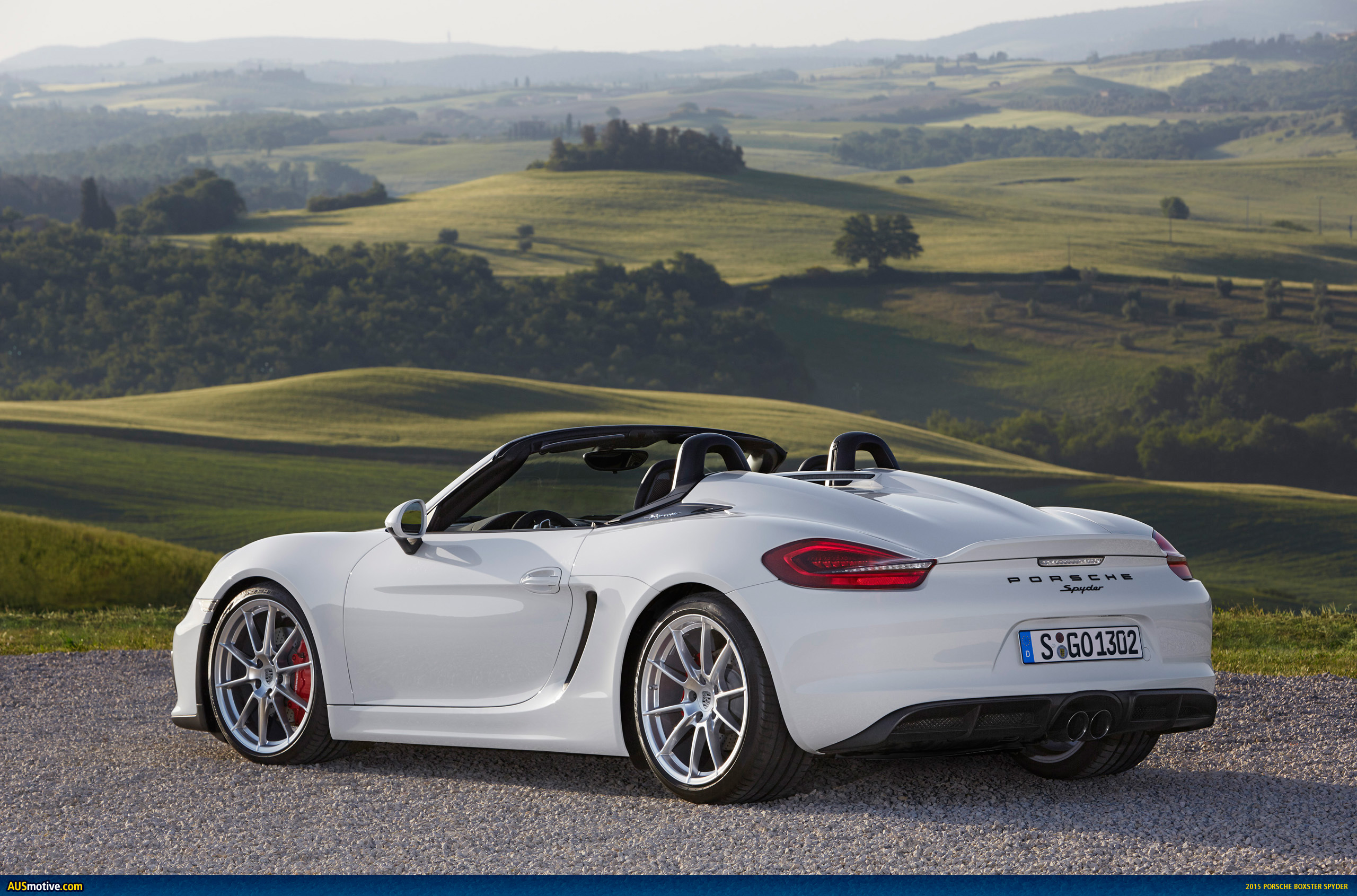 2015 porsche boxster spyder in detail. Black Bedroom Furniture Sets. Home Design Ideas